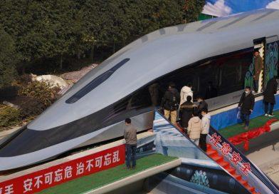 NOVI PROTOTIP Kinezi predstavili vlak koji juri 620 km/h: 'Levitira iznad pruge, možete ga pomaknuti prstom!'